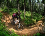 Are resort Girliecamps Girl MTB Downhill camp